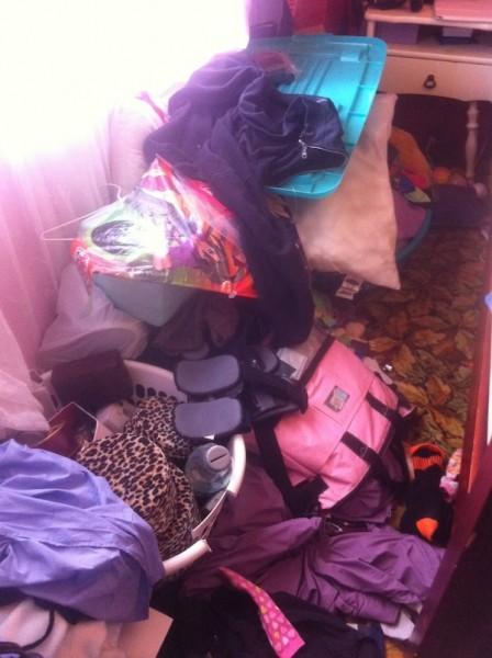 Bedside mess