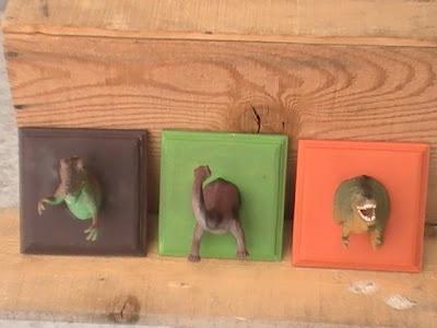 Dino Hooks