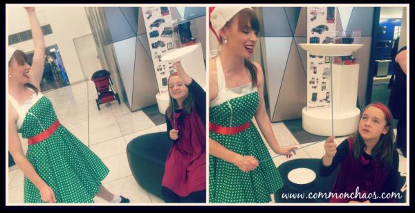 Plate Spinning Elf